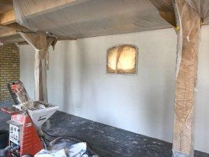 Stucwerk drogen nadat het geplaatst is.